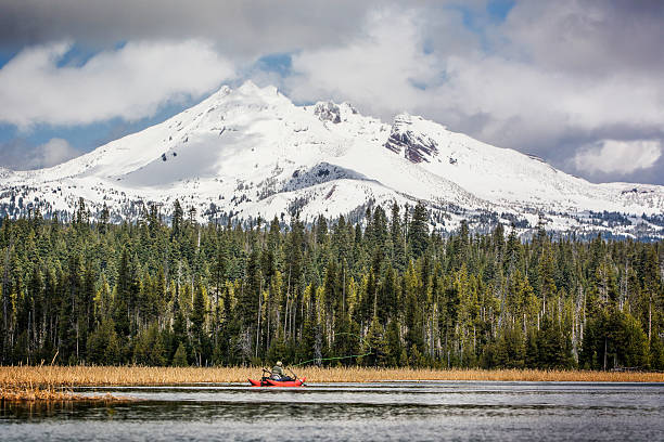 cascade lakes fly fishing - bend oregon stock pictures, royalty-free photos & images
