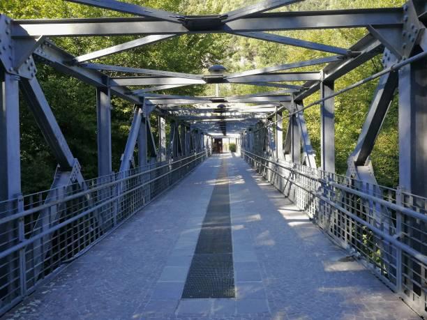 Cascata delle Marmore - Ponte in ferro al termine del percorso Terni, Umbria, Italy - 11 September 2019: Cascata delle Marmore from the hiking trail percorso stock pictures, royalty-free photos & images