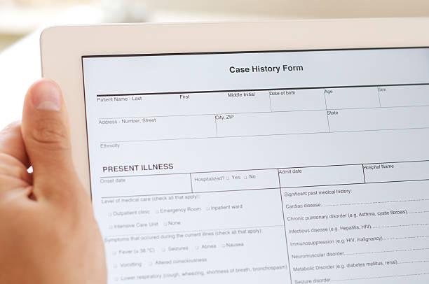 Fall Geschichte Formular auf tablet PC – Foto