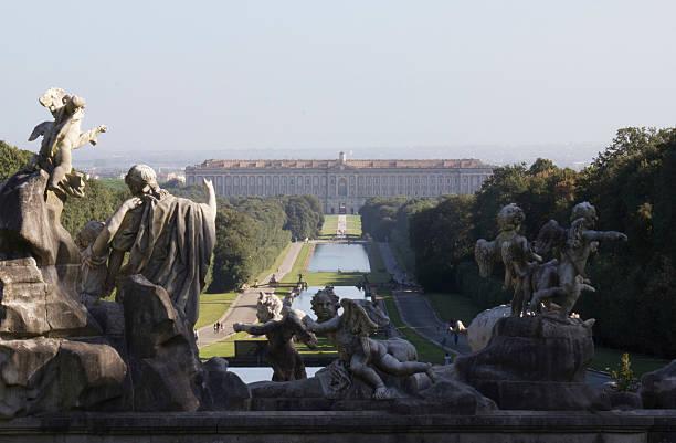 caserta palace royal garden. - palats bildbanksfoton och bilder