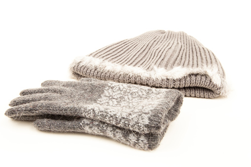 Cashmere grey winter gloves and hat or tuque