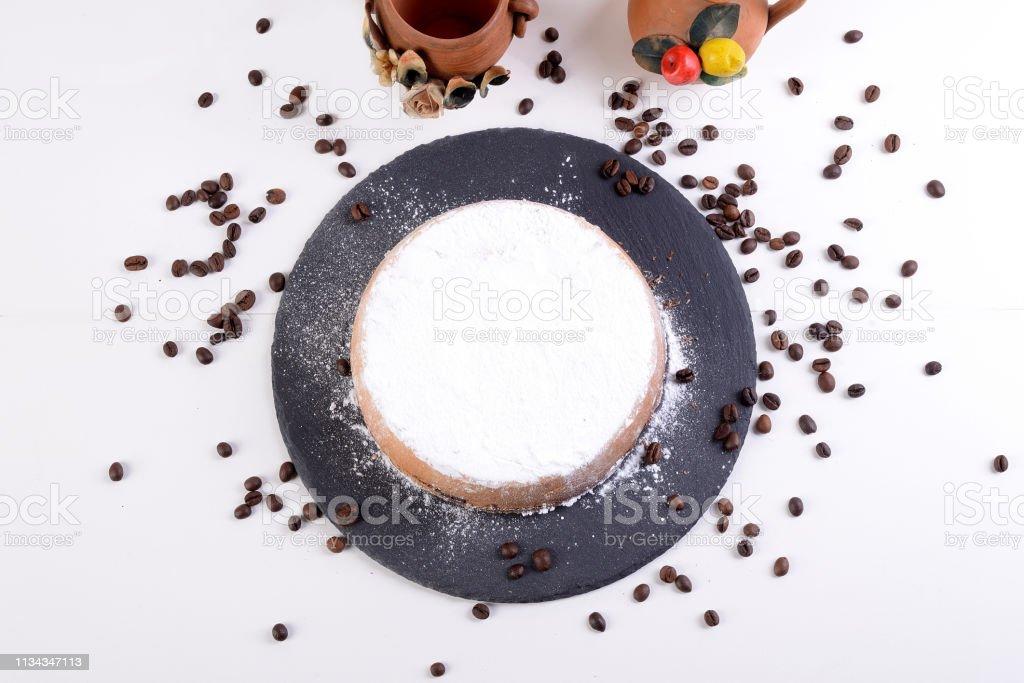 Cassata Siciliana, Süßes mit ofengebackener Ricotta mit Schokoladenchips und Kaffeebohnen- - Lizenzfrei Butter Stock-Foto