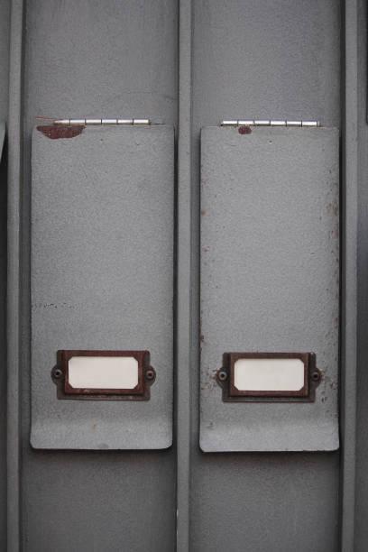 doppel-kassettenhalter - briefhalter stock-fotos und bilder