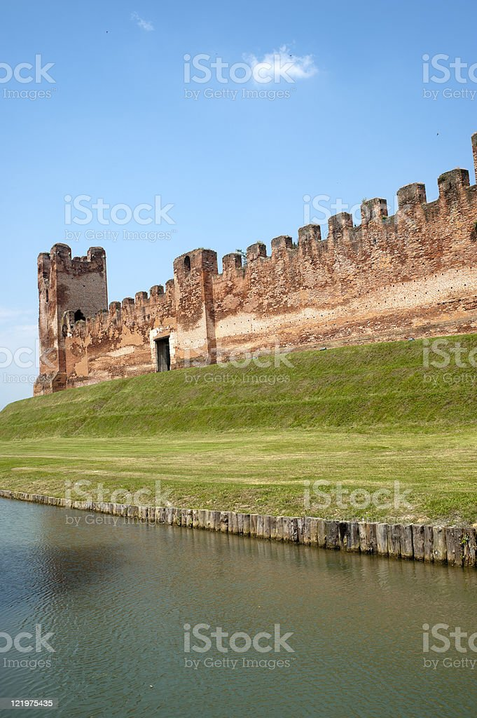 Castelfranco Veneto (Treviso, Italy): Ancient walls and moat stock photo
