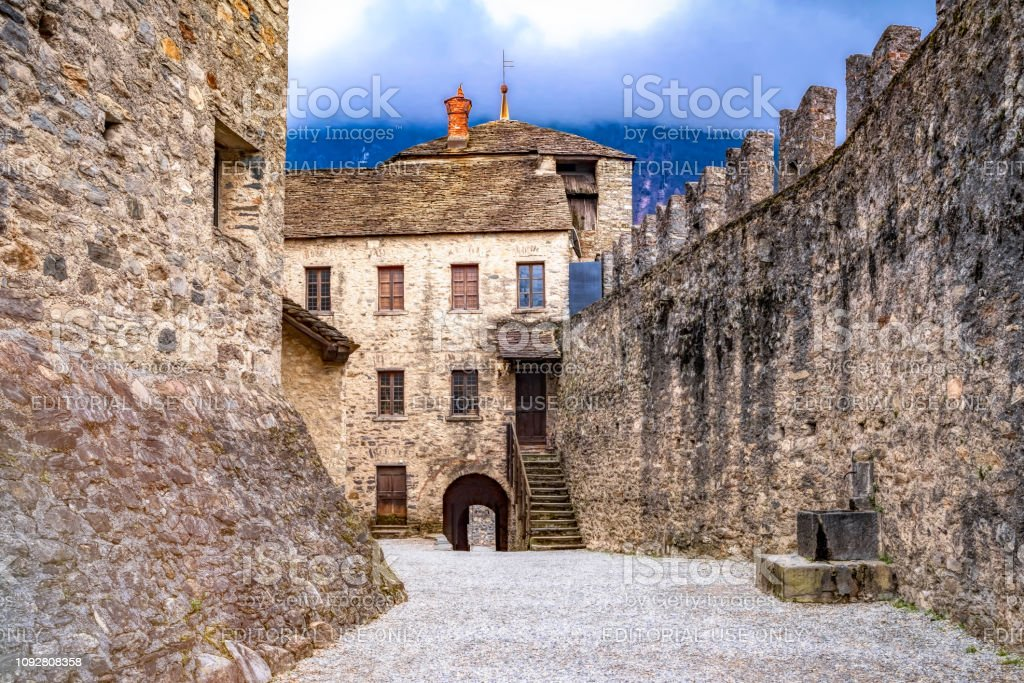 Castelgrande in Bellinzona Switzerland - foto stock