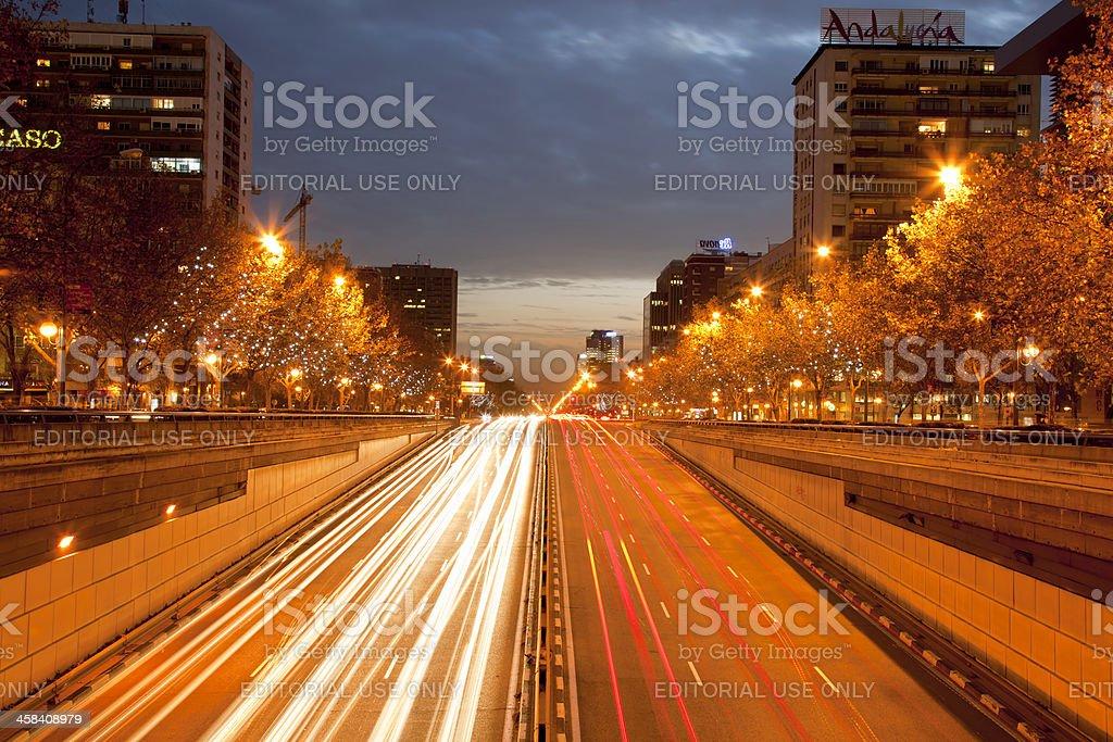 Castellana-Straße bei Nacht – Foto