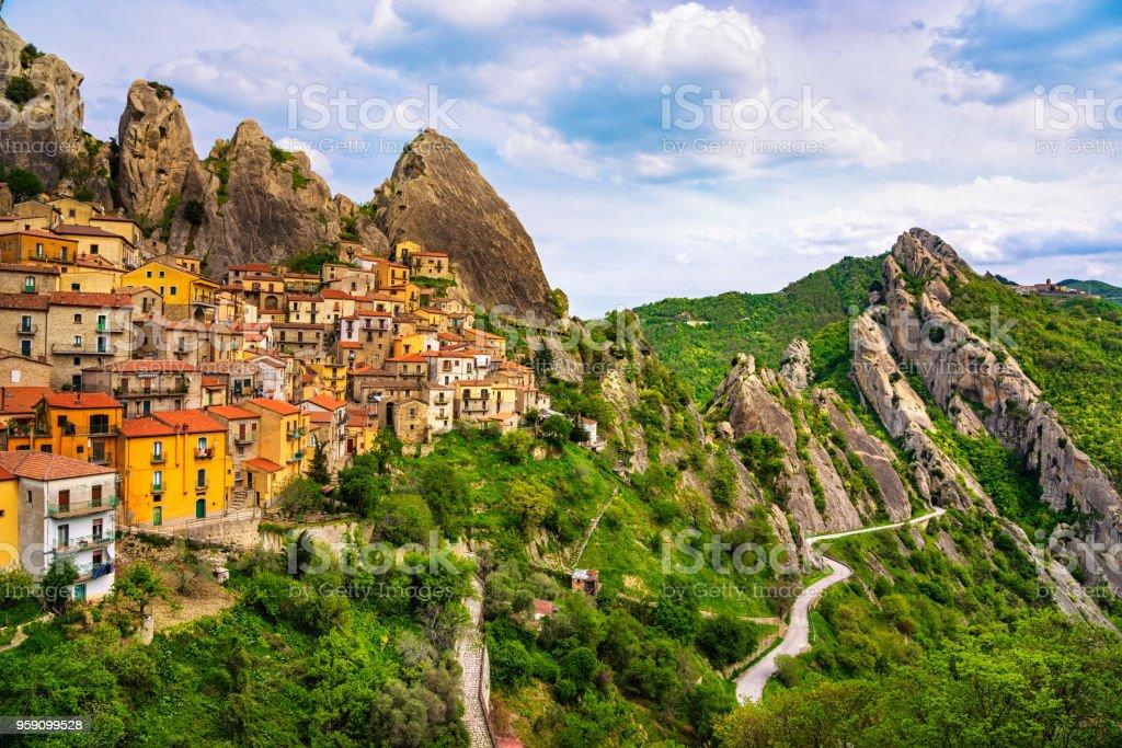 Castelmezzano village in Apennines Dolomiti Lucane. Basilicata, Italy. - foto stock