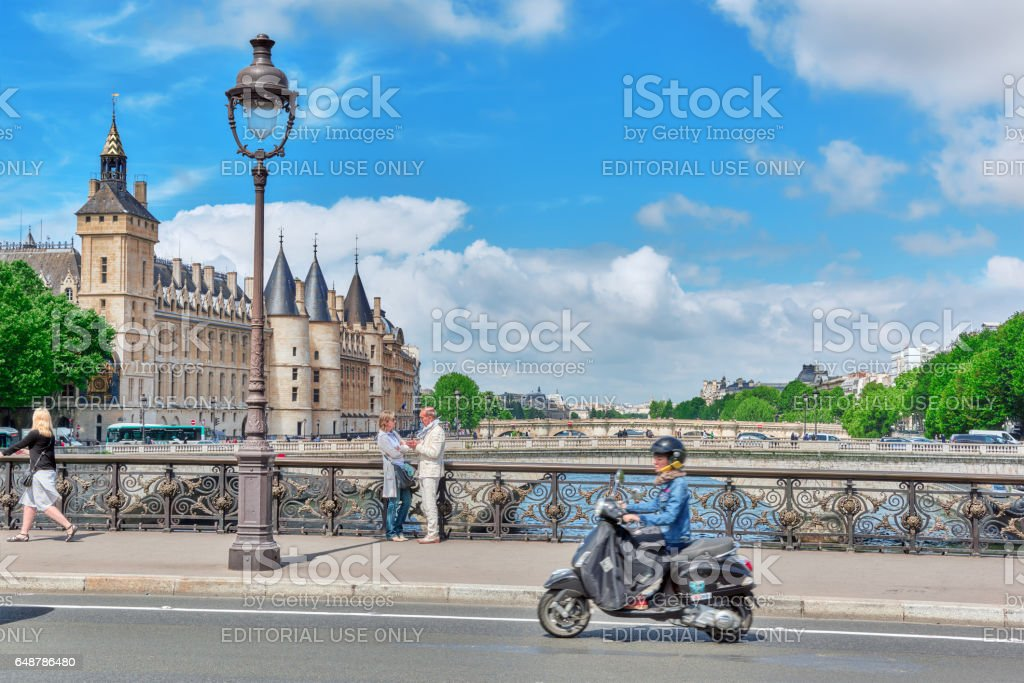Castle - Prison Concierges and Exchange Bridge on the Seine in Paris. France. - Photo