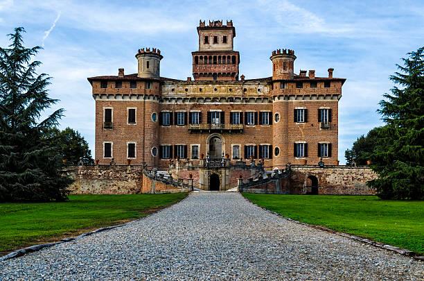 Castle Procaccini of Chignolo Po, Pavia, Italy foto
