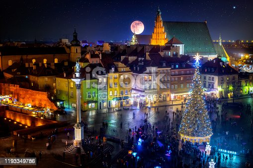 Castle Square with Christmas tree in the old town of Warsaw, Poland