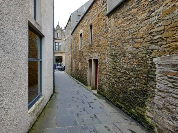 Lässiger Blick auf Kirkwall Stadtarchitektur in Schottland, Uk – Foto