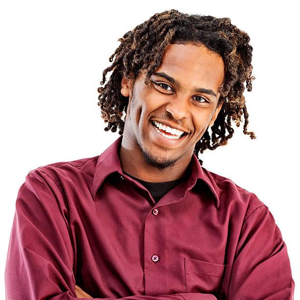 lässig junge afroamerikanische männliche - rote dreads stock-fotos und bilder