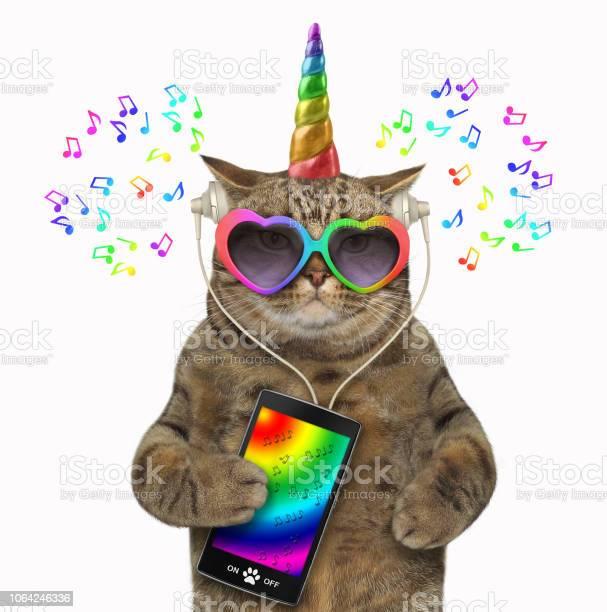Cat unicorn in headphones with a smartphone 2 picture id1064246336?b=1&k=6&m=1064246336&s=612x612&h=ggy3ozmuh1hpg4ewzkra5c39jtqiygvmiopc2 rh51c=