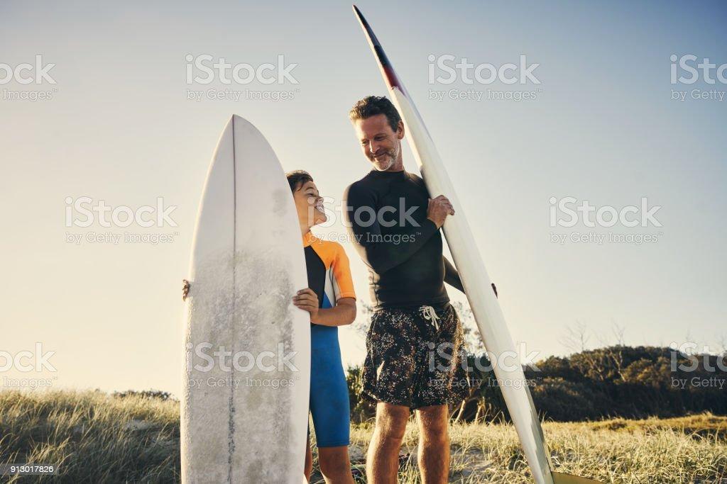 Aufholjagd und fangen einige Wellen – Foto