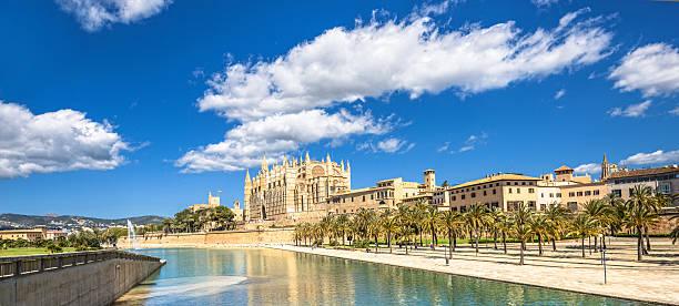 Cathedral and city view - Palma de Mallorca