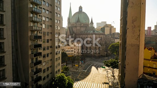 istock Sé cathedral and empty street during lockdown 1294720371