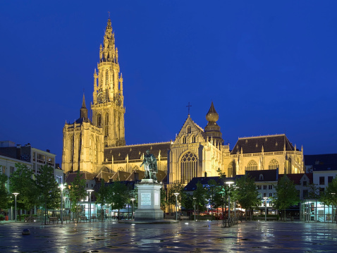 大聖堂と自由のピーターポールルーベンスでベルギーアントワープ - アントワープのストックフォトや画像を多数ご用意