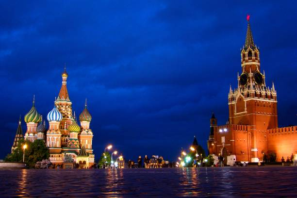 Cathedral Basil-the-Blessed and the Tower of the Holy Savior on the Red Square in Moscow, Russia The main landmark in the city kremlin stock pictures, royalty-free photos & images