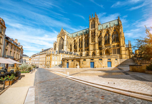 Cathedral in Metz, France Street view on the central square with famous cathedral in Metz city in Lorraine region of France grand est stock pictures, royalty-free photos & images