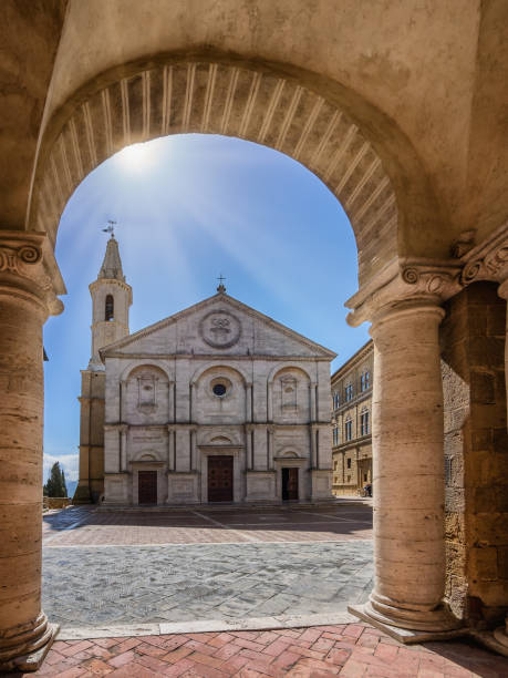 Cathedral in Pienza, Tuscany Cathedral in Pienza, Tuscany Italy pienza stock pictures, royalty-free photos & images