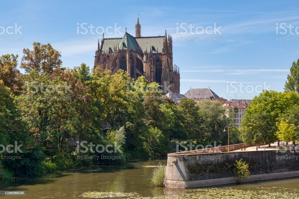 Cathedral of Saint Stephen in Metz The Metz Cathedral, otherwise the Cathedral of Saint Stephen (French: Cathédrale Saint Étienne de Metz), is a Roman Catholic cathedral in Metz, capital of Lorraine, France. Architecture Stock Photo