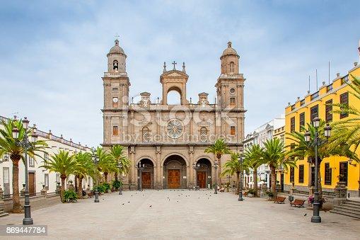 istock Cathedral Santa Ana Las Palmas de Gran Canaria Canary Islands 869447784