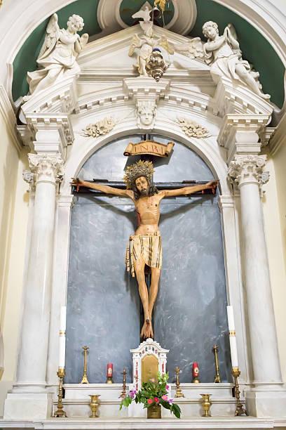 chiesa cattolica di saint eustache dobrota, in montenegro. - saint eustache church foto e immagini stock
