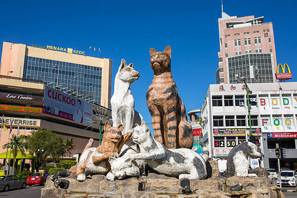Cats monument at the downtown Kuching, Malaysia. Kuching, Malaysia - May 29, 2016: Cats monument at the downtown Kuching, Malaysia. esplanade theater stock pictures, royalty-free photos & images