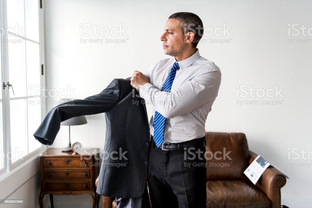 Caucasian man dressing up - Royalty-free Adult Stock Photo