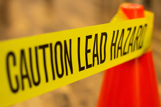 주의 방연광 장해물 경고용 - 독성 물질 뉴스 사진 이미지