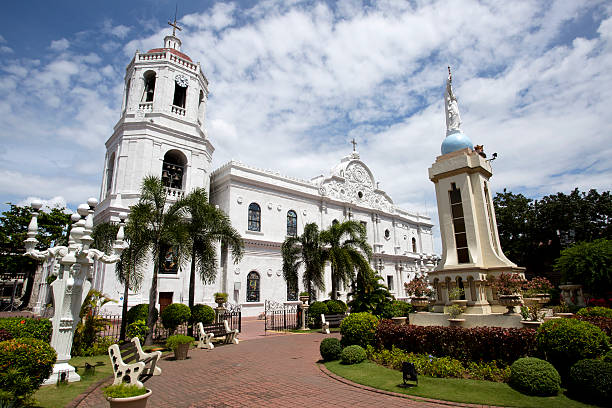 cebu cathedral - cebu stockfoto's en -beelden