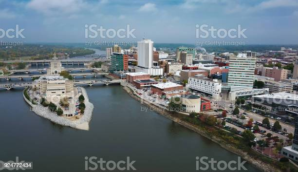 Cedar Rapids Aerial Skyline View With River Stock Photo - Download Image Now