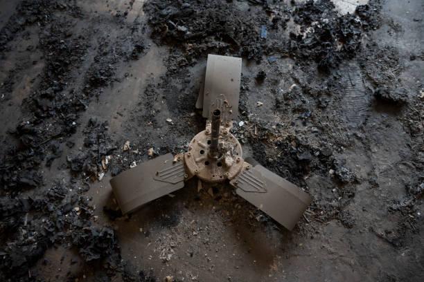 Deckenventilator im Stock nach einem Hausbrand – Foto