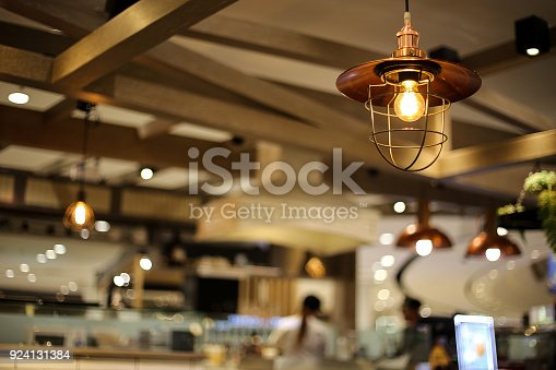 istock Ceiling light in coffee cafe 924131384