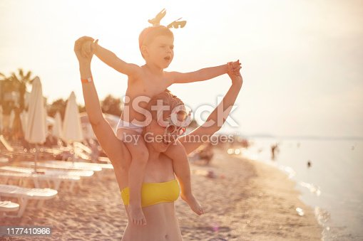 istock Celebrating holidays on the beach 1177410966