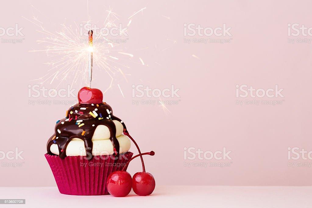 cupcake de comemoração - foto de acervo