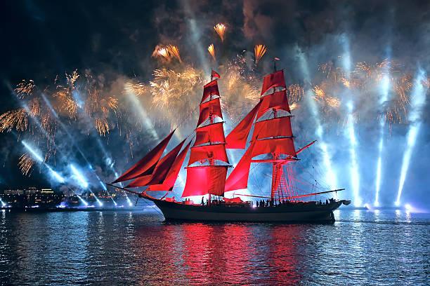celebration scarlet sails show during the white nights festival - neva stockfoto's en -beelden