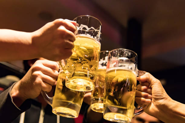 ビールでお祝い乾杯 ストックフォト