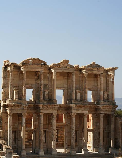 celsusbibliothek - römisch 6 stock-fotos und bilder
