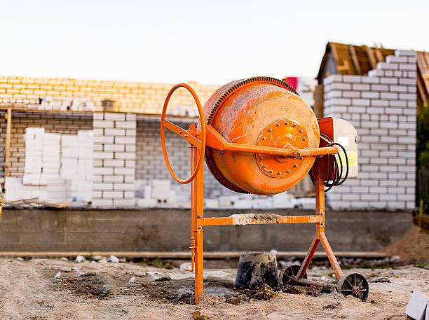 Betonmischmaschine auf einer Baustelle – Foto