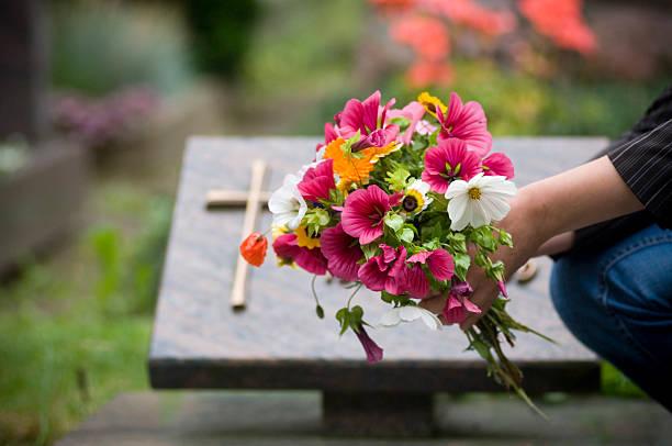 cementary - graf stockfoto's en -beelden