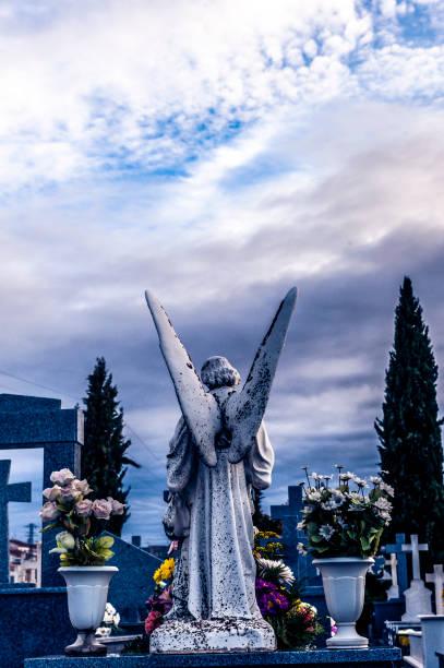 Cementerio. Ángel. - foto de stock
