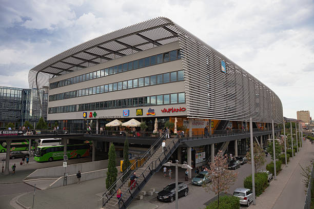 Zentraler Busbahnhof in München – Foto