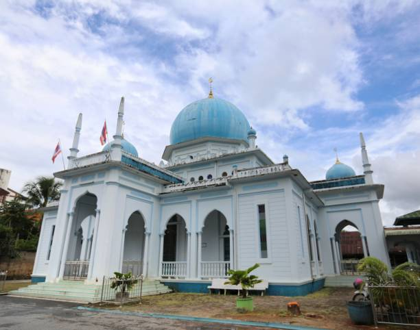 Central Mosque of Betong District, Yala Province, Thailand Central Mosque of Betong District, Yala Province, Thailand yala stock pictures, royalty-free photos & images