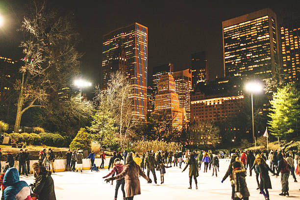 Central Park ice rink people having fun http://blogtoscano.altervista.org/sol.jpg ice skating stock pictures, royalty-free photos & images