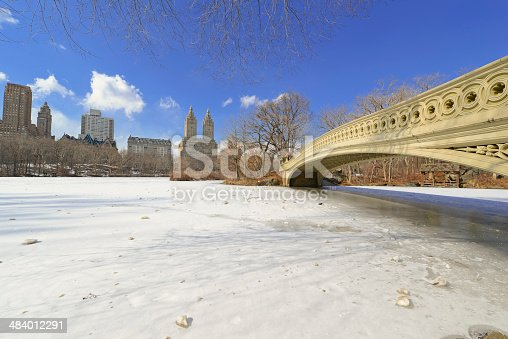 istock Central Park in the Snow. Manhattan, New York City 484012291