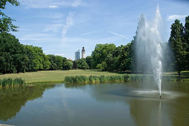 central park leipzig - leipzig universität stock-fotos und bilder