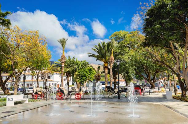 Centro de la ciudad Plaza de Mijas. Provincia de Málaga, Andalucía, España - foto de stock