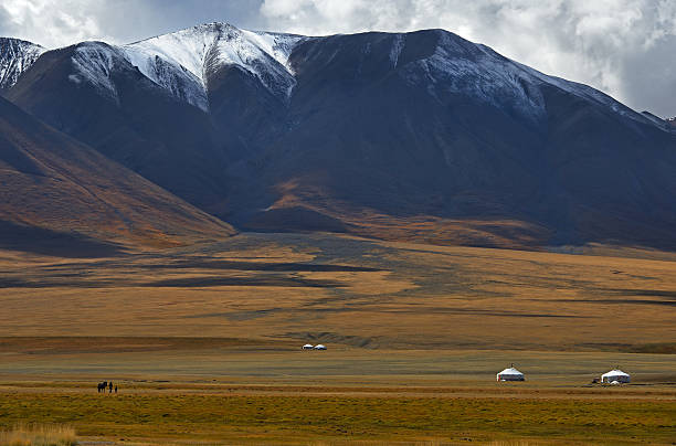 Central-Asian landscape Central-Asian landscape, Mongolia independent mongolia stock pictures, royalty-free photos & images