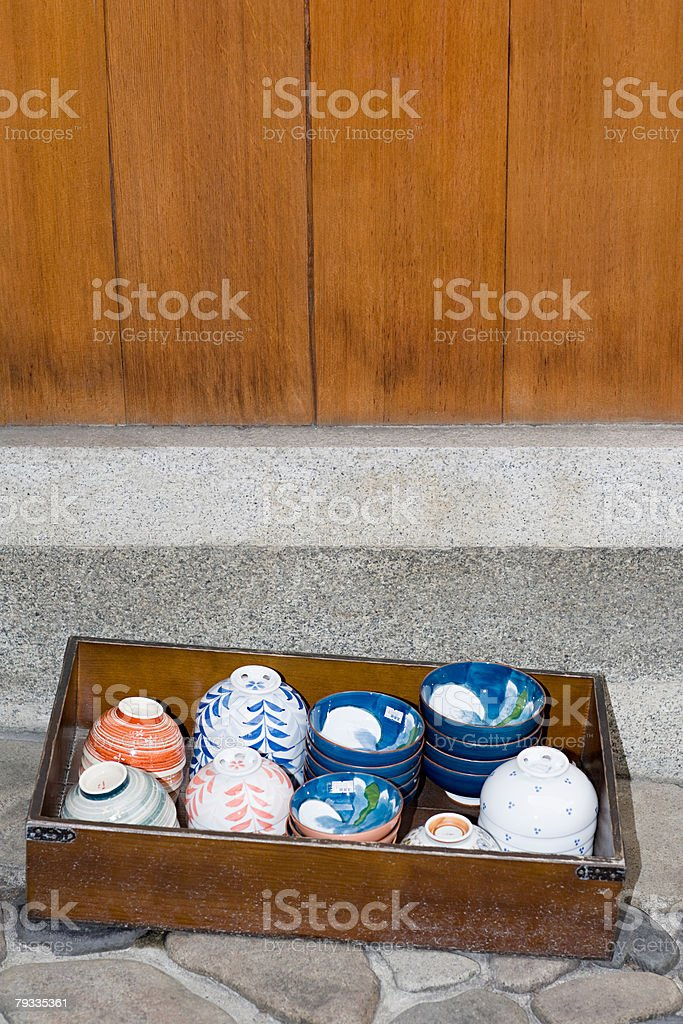 Ceramic bowls in a wooden box 免版稅 stock photo